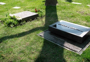 Bruce Graham's memorial stone and Fazlur & Liselotte Khan's gravestone
